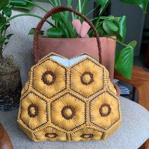 🌼🐝 Amazing Vintage Crochet Honeycomb Purse